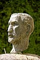 Tête de Charles Maurras dans son jardin de Martigues.jpg