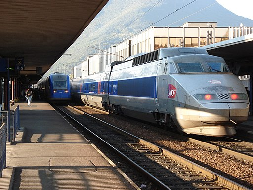 TGV-PSE Grenoble station october 2006