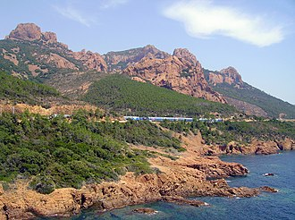 Marseille–Ventimiglia railway - The railway at Esterel Massif