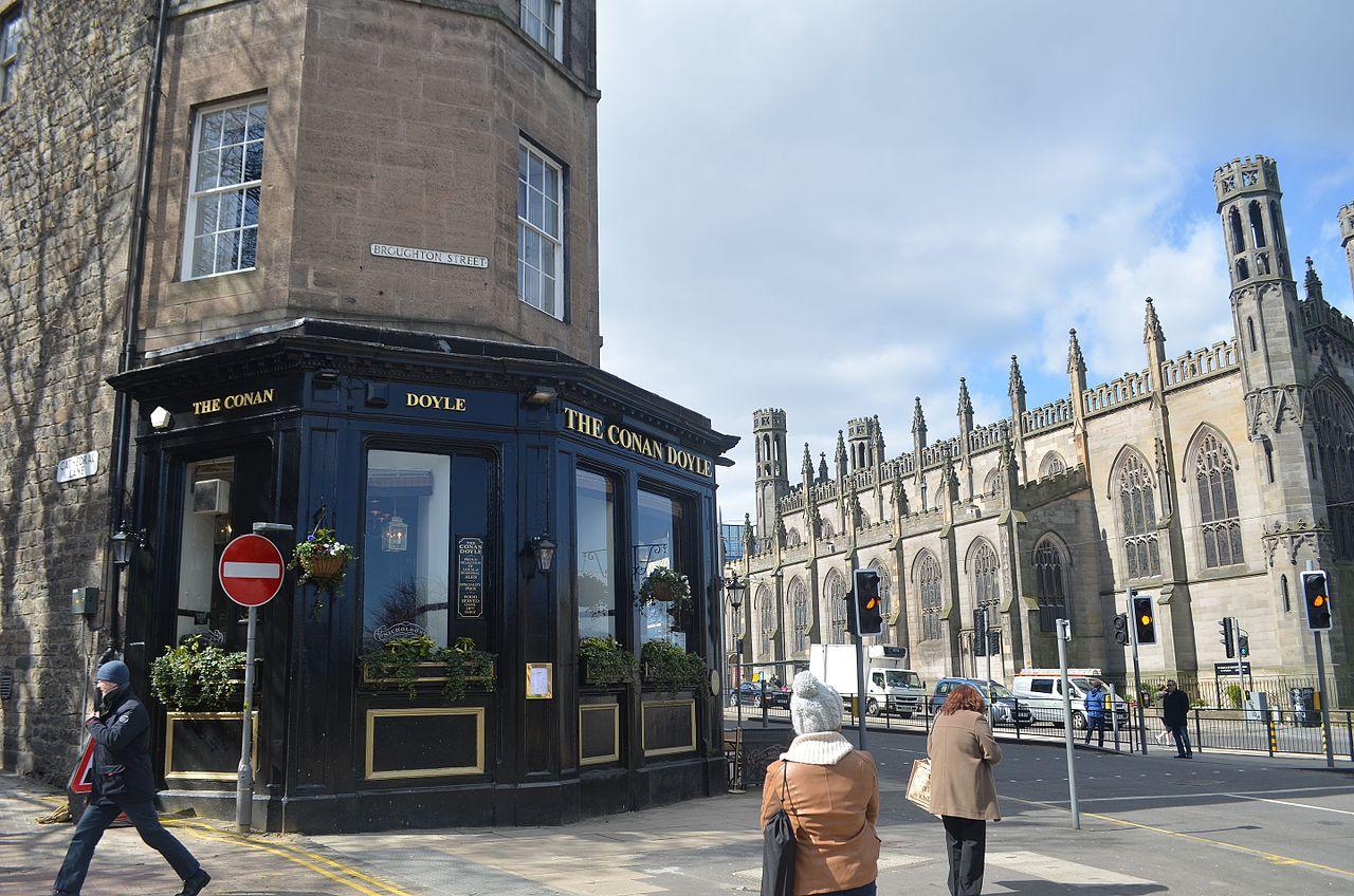 FileThe Conan Doyle pub by Nicholson's.jpg   Wikimedia Commons