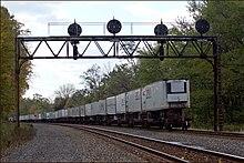 Piggyback (transportation) - Wikipedia