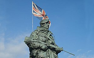English: The Yomper Statue at the Royal Marine...