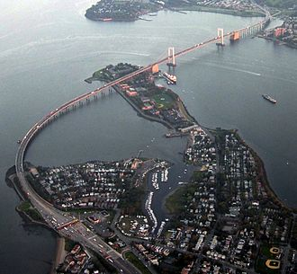 Throgs Neck Bridge - Aerial view, seen from the Bronx side