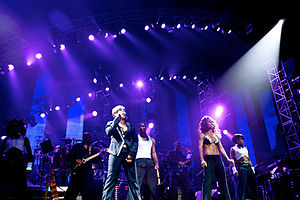 TLC (group) - Watkins and Thomas performing at Justin Timberlake's 2009 benefit concert
