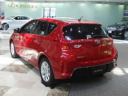 Toyota AURIS S Package 2.JPG
