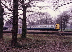 Kingston loop line - Image: Train near Fulwell Depot, 1986 geograph.org.uk 362831