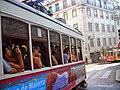 Tranvía turístico en Lisboa (1432055932).jpg