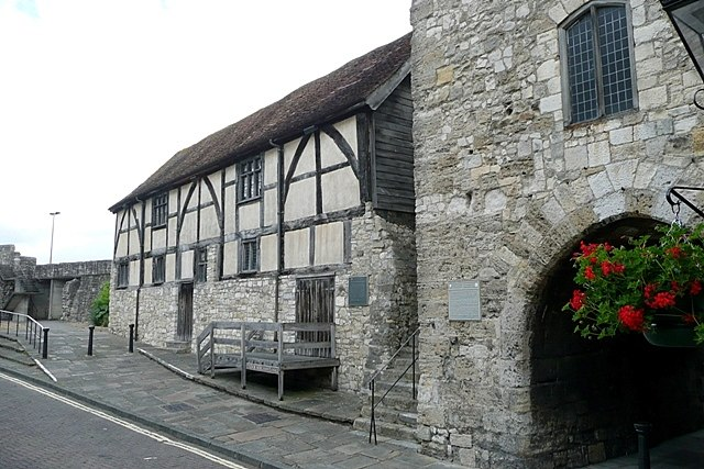 Tudor Merchant's Hall - geograph.org.uk - 1428491