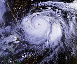 Typhoon Mireille 22 sept 1991 2236Z.jpg