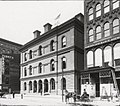 U.S. Post Office & Customhouse, New Haven, CT, looking at the west side of Church street between Crown and Center streets-1904.jpg