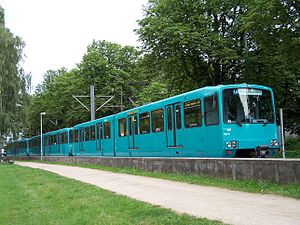 Siemens–Duewag U2 - Siemens–Düwag U3.