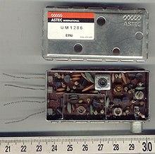 How do i hook up my rf modulator
