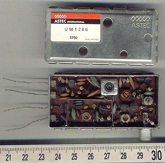 RF modulator - ASTEC UM 1286 UHF modulator, top cover taken off
