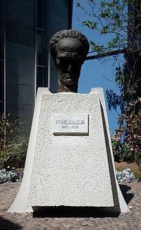 César Vallejo 200px-UNMSM_Monumento_Cesar_Vallejo
