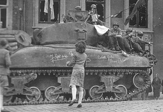 Chênée - USA 3070551 of 3rd Armored Division is welcomed by inhabitants of Chênè, September 8th, 1944