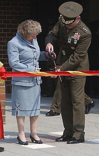 Ray Davis (general) - Image: USMC 16844