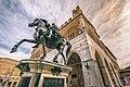 Uno dei due Cavalli del Mochi in Piazza Cavalli.jpg