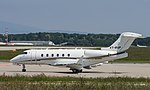 VT-RSP Bombardier BD-100-1A10 Challenger 300 CL30 (18667342739).jpg