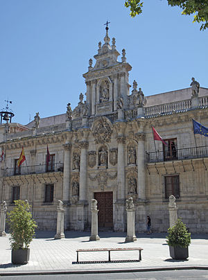 Spanish Baroque architecture - Facade of the University of Valladolid (1716-1718).