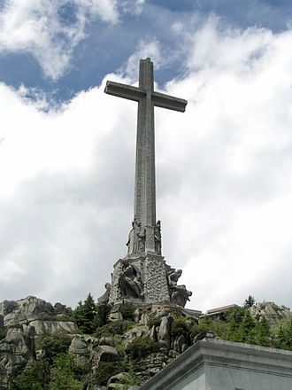 National Catholicism - Image: Valle De Los Caidos Cross south side 1