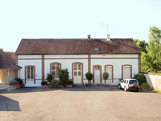 Vaux-sur-Lunain Commune in Île-de-France, France