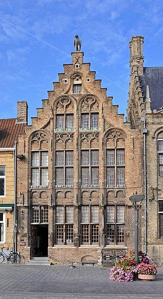 Veurne (Belgium): house De Valk, Market Place 26
