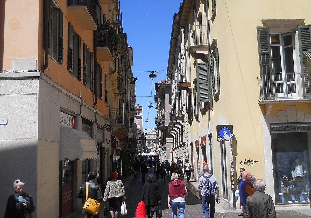 Via Cappello - Wikipedia 9626f19ba4b7