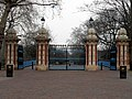Victoria Park (6952338833).jpg