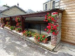 Viel-Saint-Rémy (Ardennes) lavoir.JPG