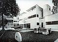 Villa Church Le Corbusier.jpg