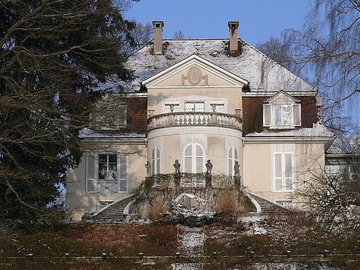 Villa Rot im Winter