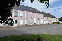 Villeau mairie Eure-et-Loir France.jpg