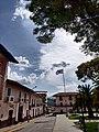 Vista de la Plaza de Armas de Cajabamba, Perú.jpg
