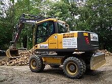 macchinari industriali volvo 220px-Volvo_Radbagger_gelb