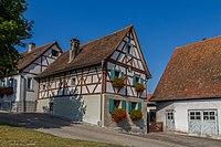 Vorstand-Zenk-Weg 2 Bauernhaus D-4-74-134-21.jpg