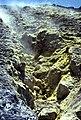 Vulcano-118-Schwefelkristalle-1986-gje.jpg