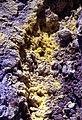 Vulcano-138-Schwefelkristalle-1986-gje.jpg