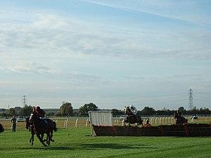 English: Wait for me ! A hurdle race at Huntin...