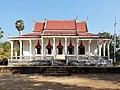 Wat Kampong Tralach Leu Vihara 14.jpg