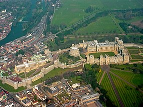 Windsor Castle from the air.jpg