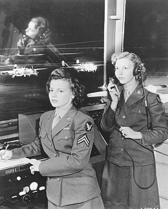 Female service dress in OD shade 33 at Randolph Field, 1944 Women's Army Corps, Randolph Field, Texas, 1944.jpg