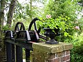 Worfield garden - panoramio.jpg