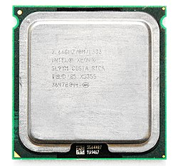 Xeon X5355 Clovertown.jpg