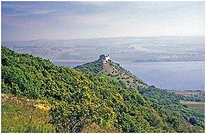 South-Moravian Carpathians - Image: Zřícenina hradu Děvičky z úbočí Děvína