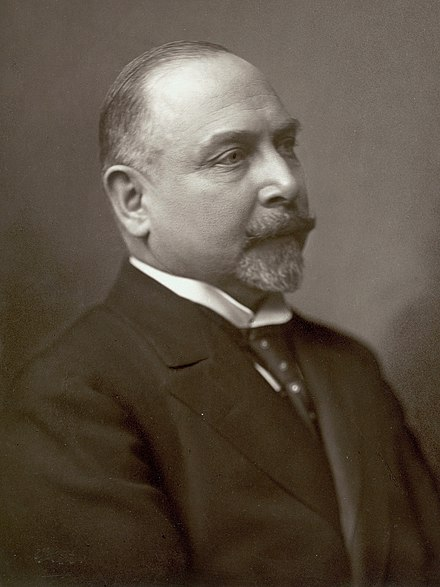 Carl Theodor Zahle served as the first Social Liberal Prime Minister from 1909 to 1910 and again from 1913 to 1920.
