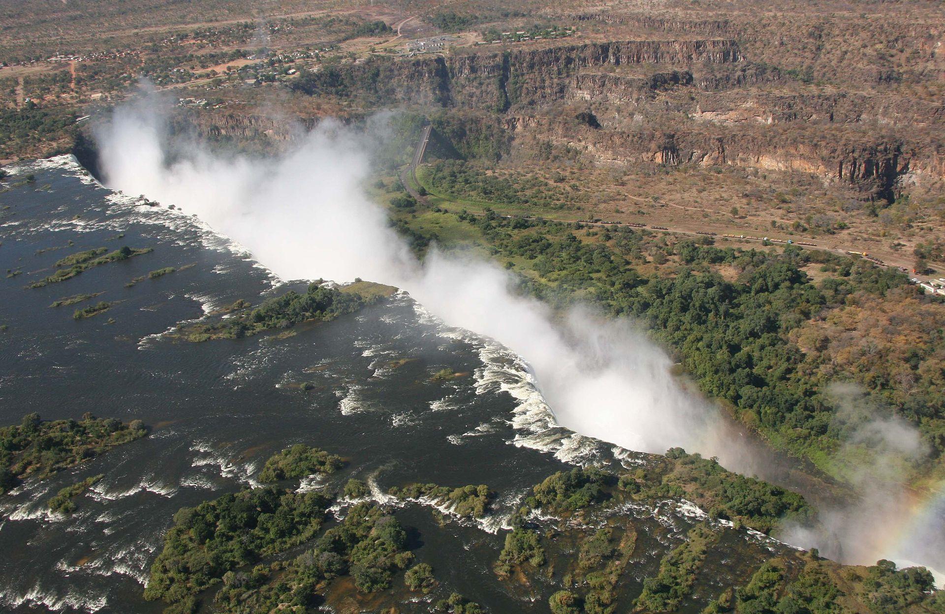 Victoria Falls Wikimedia Commons