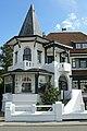 """""""La Goëlette"""", tweewoonst in een dubbelvilla in cottagestijl, Petunialaan 18,20, Duinbergen (Knokke-Heist).JPG"""