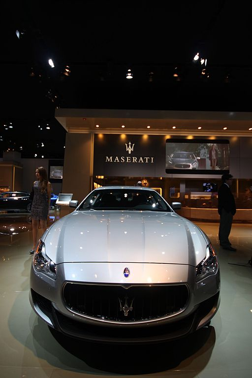 file 2013 italian luxury sedan detroit auto show 2013 maserati quattroporte. Black Bedroom Furniture Sets. Home Design Ideas