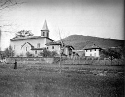 Église quincieu.jpg