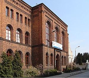Hermann Schreiber - High School in Śrem, which was attended by Hermann Schreiber